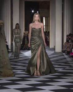 Zuhair Murad Look 12 Gorgeous Embellished Asymmetric Strapless Slit Olive Green Sheath Evening Maxi Dress / Evening Gown with a Train. Olive Green Couture Fall Winter Collection Runway by Zuhair Murad Elegant Dresses, Sexy Dresses, Beautiful Dresses, Evening Dresses, Fashion Dresses, Prom Dresses, Formal Dresses, Evening Gowns Couture, Fall Dresses