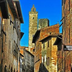 San Gimignano, Tuscany | by reyhancezik
