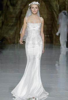 See the Spring 2020 wedding dresses from Pronovias bridal Pronovias 2014, Pronovias Wedding Dress, Wedding Dresses 2014, Wedding Dress Styles, Bridesmaid Dresses, Dress Wedding, Pronovias Dresses, Bride Dresses, Beautiful Wedding Gowns