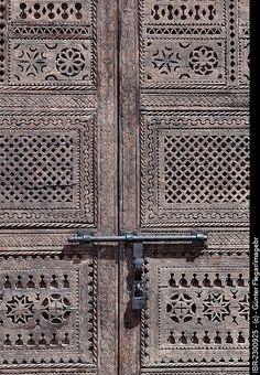Wooden gate, Ouarzaz charisma design
