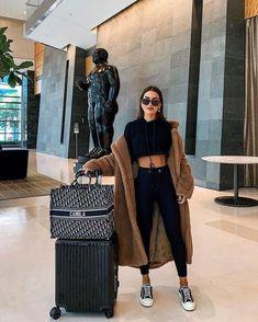 Winter Fashion Outfits, Look Fashion, Winter Outfits, Chic Fashion Style, Winter Travel Outfit, Paris Winter Fashion, Comfy Travel Outfit, Ny Fashion, Travel Fashion