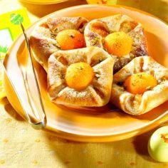 Aprikosen-Pistazien-Nester | ichliebebacken.de