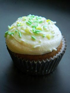 "Did you say ""Whiskey Frosting""? Good Morning Irish Coffee Cupcakes & Whiskey Frosting..."
