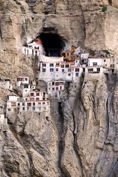 Phuktal monastery, india - For further information, a map, & photos:  http://www.amazingplacesonearth.com/