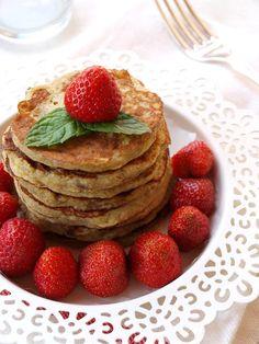 Banános palacsinta - DESSZERT SZOBA Waffles, Pancakes, Oreo, Diet Recipes, Breakfast, Food, Inspiration, Mint, Cooking