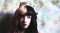 Melanie Martinez: Crazy (lyric video) - YouTube