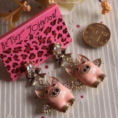 Piggy earrings