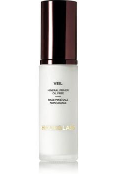 Instructions for use: Apply liberally 15 minutes before sun exposure Smooth over clean face and neck for a perfect canvas for makeup 30ml/1 fl.oz. Ingredients: Zinc Oxide 4.20%, Titanium Dioxide 2.45%, Alumina, Cyclopentasiloxane, Hexyl Laurate, Isododecane, Peg-10 Dimethicone, Polyglyceryl-4 Isostearate, Polysilicone-11, Polymethylsilsesquioxane, Stearic Acid