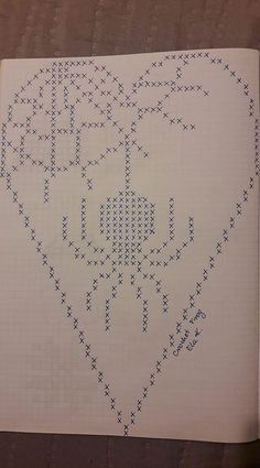 Filet Crochet, Crochet Fall, Halloween Crochet, Crochet Doilies, Cross Stitch Needles, Cross Stitch Charts, Cross Stitch Patterns, Crochet Christmas Decorations, Crochet Ornaments
