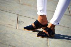 #shoefetish #fashion #style #inndianfashionblogger #styleovercoffee #blackshoes