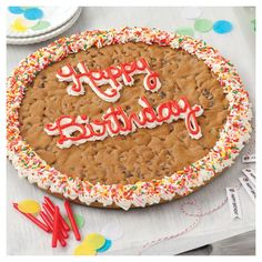 Inspired Picture of Happy Birthday Cookie Cake . Birthday Cake Cookies, Happy Birthday Cookie, Birthday Chocolates, Cookie Cakes, Cookie Cake Decorations, Cookie Cake Designs, 13th Birthday, Birthday Celebration, Birthday Gifts