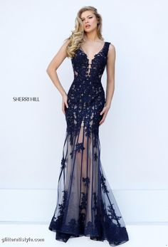 Sherri Hill dresses are designer gowns for television and film stars. Find out why her prom dresses and couture dresses are the choice of young Hollywood. Royal Blue Prom Dresses, Princess Prom Dresses, Sherri Hill Prom Dresses, Black Prom Dresses, Trendy Dresses, Homecoming Dresses, Nice Dresses, Bridesmaid Dresses, Formal Dresses