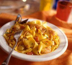 Katkaravut ja simpukat tekevät tästä pastasta juhlavan.