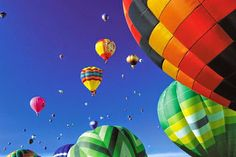 Branson Balloon Festival Post by BransonVacationRentalCabins.com  For a schedule of events ...www.bransonballoonfestival.com  #branson #hotairballoon #bransonballoonfestival