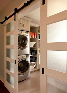 Making a laundry room that is both functional and stylish is not just a dream. Here are five functional and stylish laundry room design ideas for you. House Design, Model Homes, Home, Laundry Mud Room, Room Remodeling, Stylish Laundry Room, House, Basement Laundry, Room Design