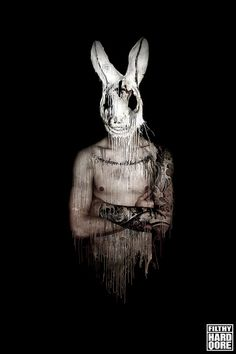 I love Art ,Horror and other nice things. Horror Photography, Dark Photography, Creepy Clown, Creepy Art, Scary Photos, Bunny Man, Creepy Drawings, Arte Obscura, Danse Macabre