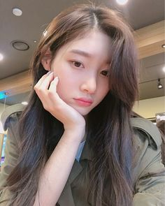 [Appreciation] Chaeyeon Is A Perfect Raven Haired Porcelain Doll (Official Emanresu™ Appreciation) Kpop Girl Groups, Korean Girl Groups, Kpop Girls, Jung Chaeyeon, Kim Sejeong, Ulzzang Girl, Korean Singer, Girl Crushes, Asian Beauty