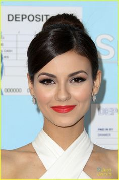 Victoria Justice Gets Dressy for 'Spent: Looking for Change' Premiere with Mark Salling | victoria justice spent looking for change mark sal...