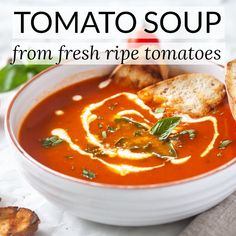 Simply Amazing Tomato Soup, made with fresh garden tomatoes. Just 15 minutes and… Simply Amazing Tomato Soup, made with fresh garden tomatoes. Just 15 minutes and a couple of ingredients to make it, quick & easy! Quick Tomato Soup, Tomato Bisque Soup, Fresh Tomato Soup, Cream Of Tomato Soup, Vegan Tomato Soup, Fresh Tomato Recipes, Quick And Easy Soup, Panera Tomato Soup Recipe, Tomato Soup From Scratch