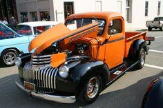 old trucks chevy 1946 Chevy Truck, Chevy Pickup Trucks, Classic Chevy Trucks, Gm Trucks, Chevy Pickups, Chevrolet Trucks, Cool Trucks, Classic Cars, Lifted Trucks