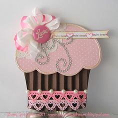 Gorgeous pink cupcake card. Lift the flap! - Used this template: http://shop.thedigitalpress.co/Cupcake-Card.html