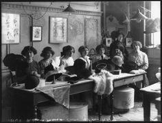 A Bygone Era: holdthisphoto: Hat-making at Maison Lewis, 1910 ...