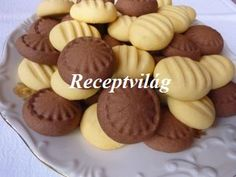 Biscuits, Almond, Muffin, Dessert Recipes, Food And Drink, Cookies, Breakfast, Foods, Diet