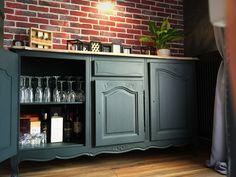 Mon buffet bas - Relookeuse de mobilier vintage pour intérieurs contemporains. Liquor Cabinet, House Design, Storage, Diy, Furniture, Home Decor, Vintage, Boutique, Painting
