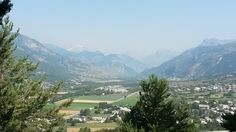Another beautiful view of the alps at the top of the crag. Loving the #climbing #France #sun