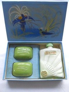 Boxed Vintage 1930s Art Deco Dubarry Lily Of The Valley Talc & Soaps Gift Set