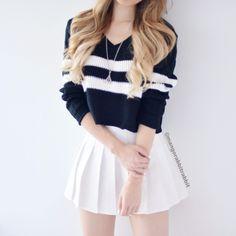 Looks femininos, roupas para magras, roupas para sair, roupas fofas, combin Teen Fashion Outfits, Mode Outfits, Girly Outfits, Cute Casual Outfits, Cute Fashion, Look Fashion, Outfits For Teens, Korean Fashion, Girl Fashion