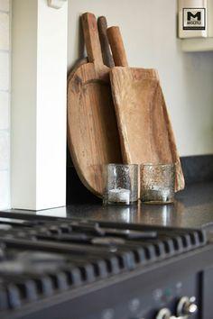 Wauw! Een lekkere mix tussen sober, stoer, landelijk, maar ook weer niet tè. www.molitli-interieurmakers.nl