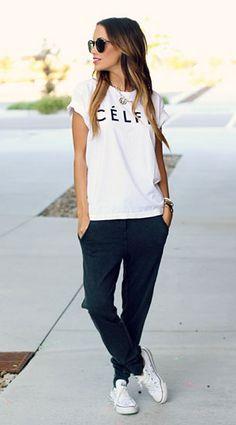 Jogging Pants Zara เสื้อยืด Sincerely Jules รองเท้า Converse แว่นตากันแดด Karen Walker
