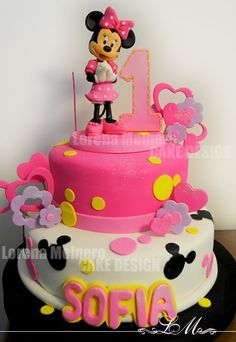 Minnie Mouse Cake Mickey And Minnie Cake, Minnie Mouse Theme Party, Bolo Minnie, Minnie Mouse Birthday Cakes, Mini Mouse Cake, 1st Birthday Cake For Girls, Dora Cake, Friends Cake, Disney Cakes