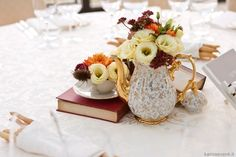 Centerpiece vintage. Wedding designer & planner Monia Re - www.moniare.com   Organizzazione e pianificazione Kairòs Eventi -www.kairoseventi.it   Foto Oscar Bernelli