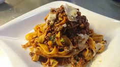 #Tagliatelle #Bolognese #prosciutto2pastalicious Bolognese, Pulled Pork, Heaven, Pasta, Ethnic Recipes, Food, Shredded Pork, Sky, Meal