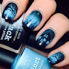 This Halloween nail art tutorial features a spooky haunted house scene that glows in the dark. Definitely perfect for Halloween! Frensh Nails, Diy Nails, Hair And Nails, Nail Polishes, Polish Nails, Nail Nail, Coffin Nails, Acrylic Nails, Crazy Nails