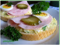 A typical view in any czech can - open top sandwiches - admittedly I have never had one! Must remedy that obviously. Czech Recipes, Ethnic Recipes, Bread Dough Recipe, Snack Recipes, Cooking Recipes, Food 52, Healthy Snacks, Brunch, Food And Drink
