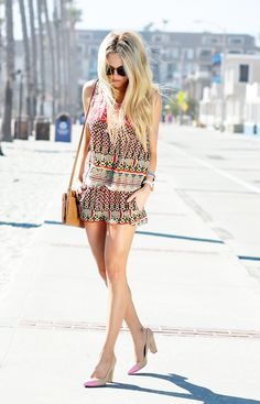 CHEYENNE meets CHANEL - Fashion Blog from Hollywood California: pinks, prints and pumps