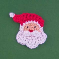 Santa applique crochet pattern by One and two company Crochet Christmas Decorations, Christmas Crochet Patterns, Crochet Decoration, Crochet Ornaments, Beaded Christmas Ornaments, Holiday Crochet, Appliques Au Crochet, Crochet Motif, Crochet Flowers