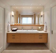 salle de bains avec spots encastrés