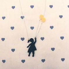Flying high in the sky of... #love  #playwithme #dorysdoozies #innovatingelegance #chain #plexiglass #charm #jewels #fashion #necklace #handmade #italiandesign #youngwomen #madeinitaly #picoftheday #girl #style #look #instacool #fashionigers #balloons #happy #iwantit #customizeyourjewel