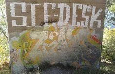 #graffiti #graffitiart #graff #saskatoon #saskatchewan #meewasin #sie #desk #bridge
