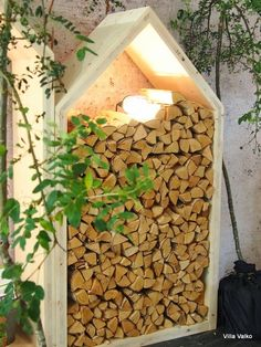 Villa Valko: Unelmien puumökki log house, log hut Log Homes, Firewood, Deco, Sweet Home, Villa, Backyard, Outdoor Structures, Photo And Video, Garden Ideas