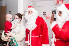 New Year's Gifts for Hospital Patients from the CDI College Laval Campus - Say Hello to Santa! Subscribe to CDI College: http://www.youtube.com/subscription_center?add_user=CDICareerCollege #NewYear #Gifts #Hospital #Patients #from #CDICollege #Laval #Campus #say #hello #Santa