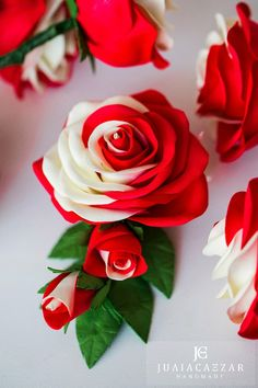 Розы из фоамирана – 12 фотографий