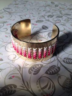 Le bracelet manchette my little box a personaliser!!le mien est tout en dégradé de roses!!