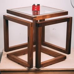Infinity cube table plans, cut list calculator, images and explanation for buidling your own. Diy Furniture Table, Cube Furniture, Steel Furniture, Furniture Design, Modern Furniture, Wood Table Design, Coffee Table Design, Chair Design, Design Design