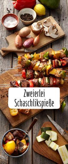 Zweierlei Schaschlikspieße #Schaschlik #Zwiebeln #Paprika #Grillspaß #grillen #Zucchini Kabobs, Skewers, Foil Packaging, Grill N Chill, Shish Kebab, Foil Pack Meals, Foil Packets, Food Truck, Barbecue