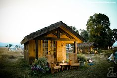 Montana Home Builders Montana Homes, Small Cabins, Cute Cottage, Wild West, Tents, Home Builders, Custom Homes, Moonlight, Building A House